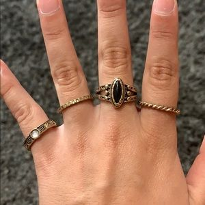 Jewelry - ring bundle (4)